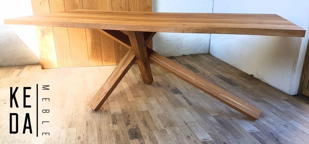 drewniany stół dębowy, stół na 3nogach, minimalistyczny stół, duży stół, stół 200cm, stół na 10osób proefje kedameble, warszawa, wrocław, kępno, poznań 3