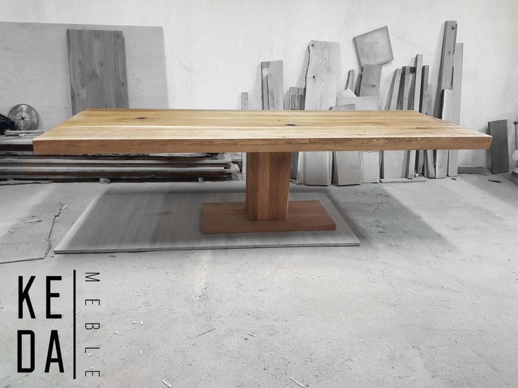 Stół dębowy, stół na jednej nodze, stół drewniany, stół na drewnianej podstawie, stół loft, stół loftowy, stół industrialny, stół designerski, stół nowoczesny, oryginalny stół,